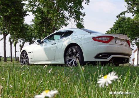 2009 maserati granturismo s auto review car and driver 2009 maserati granturismo s review car reviews