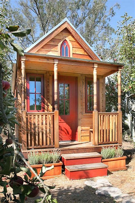 tumbleweed cottages the epu tiny house from tumbleweed and jay shafer