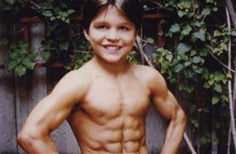 richard sandrak bench press information world world s strongest kid boy