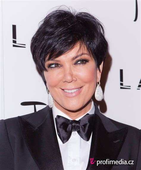 what color is kris jenners hair kris jenner hairstyle easyhairstyler