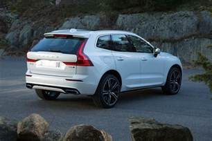 Volvo Xc 60 2017 Volvo Xc60 Set To Take On Jaguar F Pace Autocar