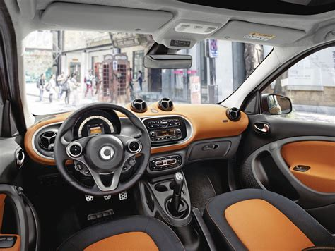 Interior Of Smart Car by Nuova Smart Forfour Immagini Ufficiali E Prime