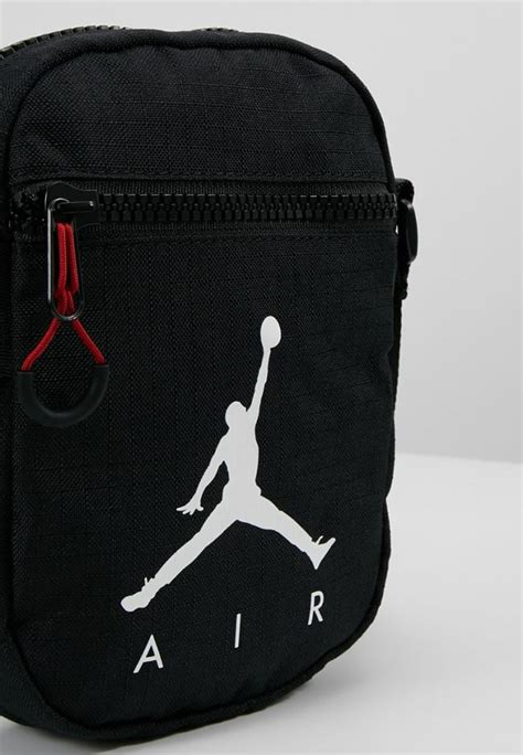 taschen koffer jordan damen jumpman air festival bag