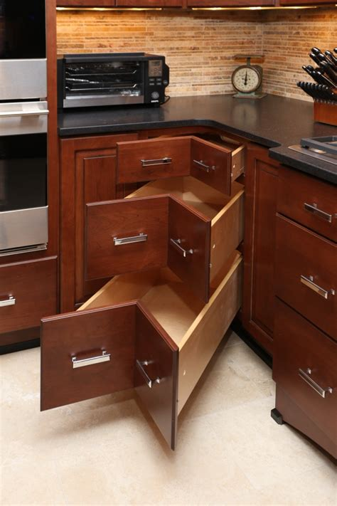 Kitchen Cabinet Features 6 Kitchen Cabinet Features That Will Create A Wow Kitchen Seigles Cabinet Center