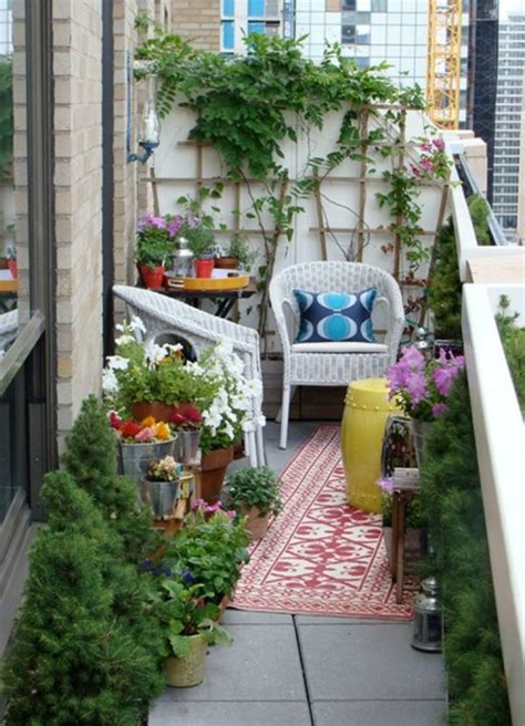 Kleinen Balkon Bepflanzen by Balkon Bepflanzen Praktische Tipps Und Wichtige Hinweise