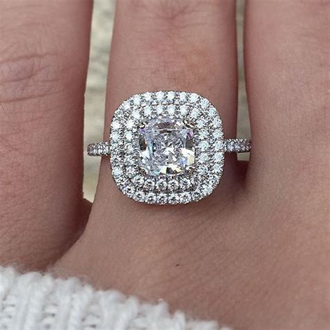 oltre 1000 idee su melania engagement ring su