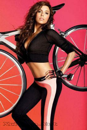 Longoria For Bebe Sport 2008 by Longoria Sexpot Shows Athletic Side In Bebe Sports