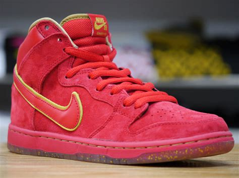 nike sb new year ebay nike sb dunk high quot new year quot release date
