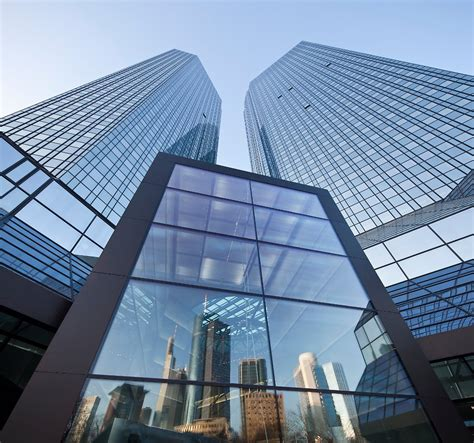 deutsche bank zentrale adresse fonds kauft quot soll und haben quot deutsche bank verkauft