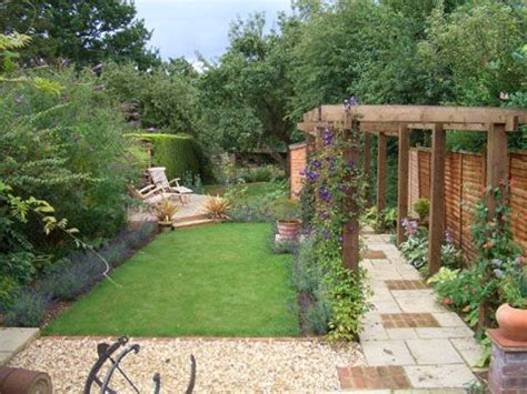 long narrow backyard landscaping ideas 16 best images about small garden ideas north facing on
