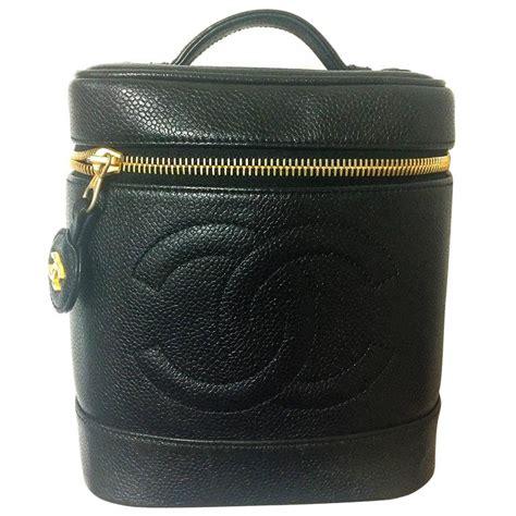 Chanel Vanity 1 vintage chanel black caviar cosmetic and toiletry mini bag