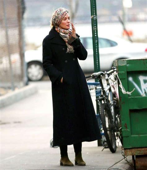 Uma Thurman Breaks Wrist On Set by Uma Thurman Goes For A Smoke In New York 07 Gotceleb