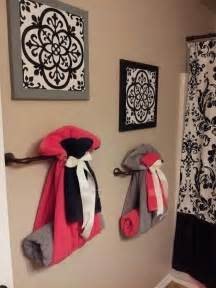 cute way to hang towels home sweet home pinterest best 25 decorative bathroom towels ideas on pinterest