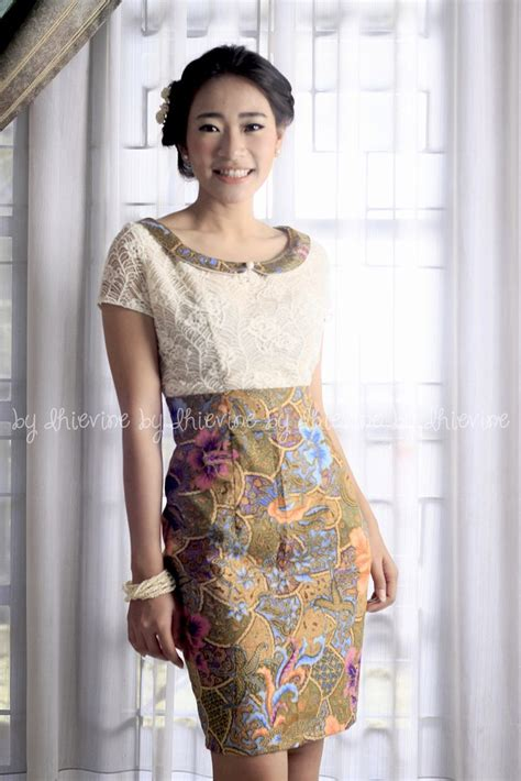 Dress Batik Wanita Ungu baju batik modern murah model dress batik modern terbaru