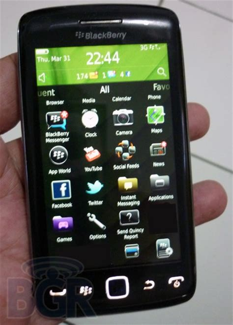Cassing Blackberry 9860 Monza Touch Screen Blackberry Touch Monaco Gets Manhandled Said To Get