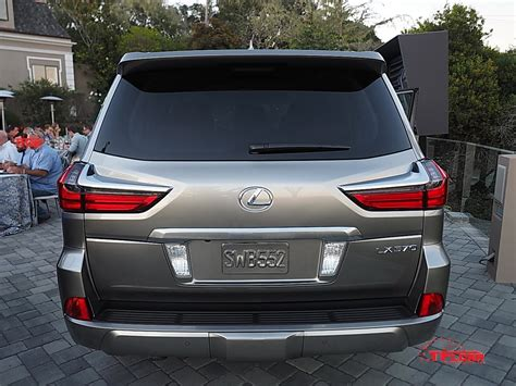 lexus suv 2016 lx refreshed 2016 lexus lx 570 unveiled at pebble beach the