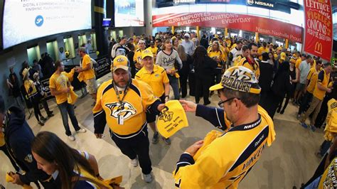 gameday haircuts edmonton preds red cross encourage fans to donate blood on sept