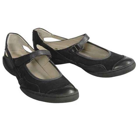 best walking shoes for flat womens walking shoes palladium shoes