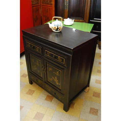 table de nuit chinoise cheap bahut chinois noir ancien dcor papillons angle droit