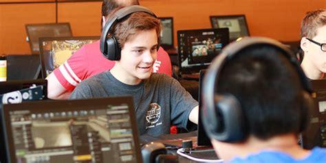 fortnite courses  teach teenagers    battle