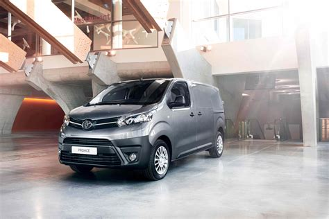 Toyota Company Models Proace Models Features Western Toyota Dunfermline