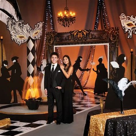 Prom Theme Decorations by Best 25 Masquerade Decorations Ideas On