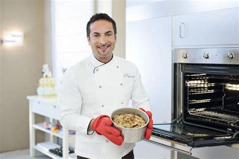 cucina con renato torte in corso con renato da oggi la terza stagione su