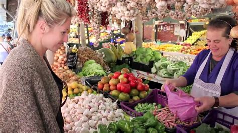 A New Way Of Shopping With Marketplace by Fresh Food Shopping Farmers Market In Porto Portugal
