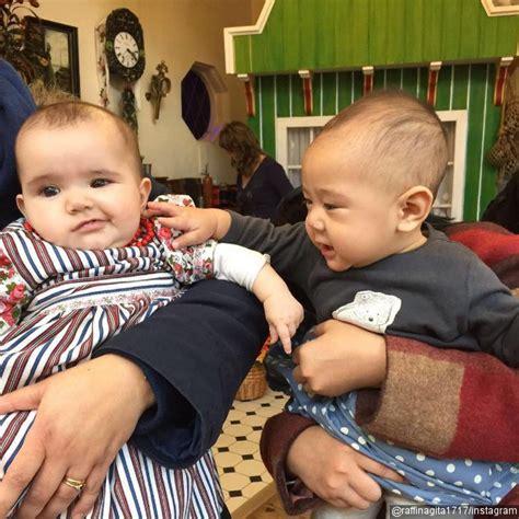 Kereta Bayi Anak Raffi liburan di eropa rafathar anak raffi nagita genit godain