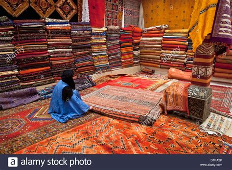 buying rugs in marrakech morocco ouarzazate shop called labyrinthe du sud selling carpets stock photo royalty free
