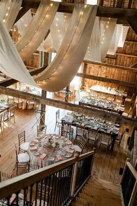 gorgeous barn wedding receptions