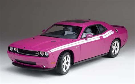 dodge challenger rt classic furious fuchsia highway   diecast car scale model