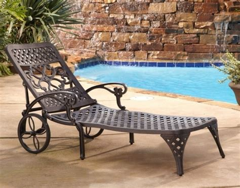 Lounge Chairs With Wheels Design Ideas Vintage Metal Wrought Iron Chaise Lounge Chairs With Wheels Photos 07 Chaise Design