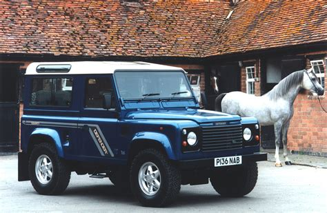 land rover defender 90 price guide buying guide land rover defender 1990 2016