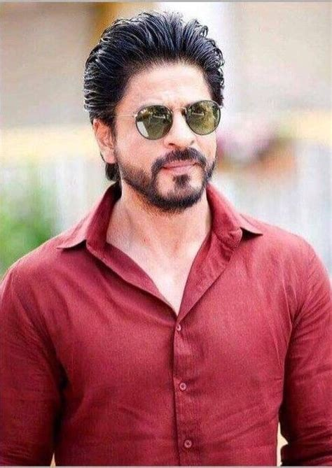 Shah Rukh Khan Injured His Back On His Way To Kolkata To ...