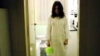 girl bathroom videos scary bathroom girl youtube