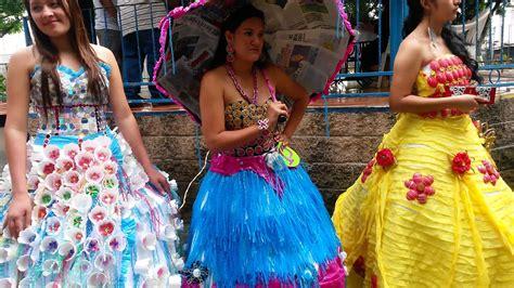 vestido con material reciclado vestidos con material reciclado youtube