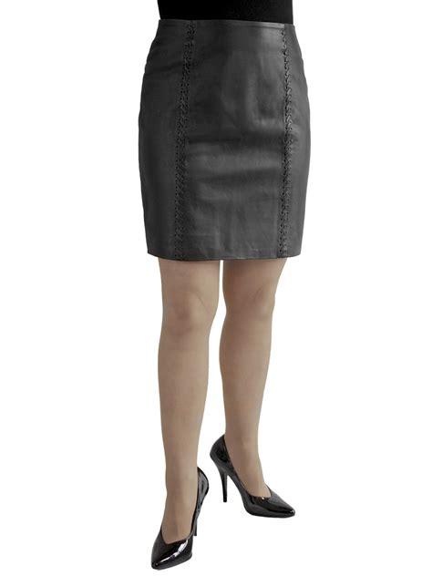 black soft leather mini skirt laced seams tout ensemble
