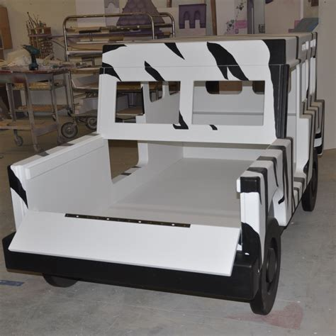 jeep bed in back safari jeep bed designed and built by tanglewood design