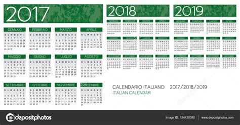Calendario 2018 Italiano Con Festività Italiano Calendario 2017 2018 2019 Vettoriale Vettoriali