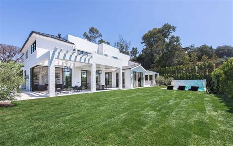 brentwood home los angeles this brand new 30m brentwood home is up for the grabs