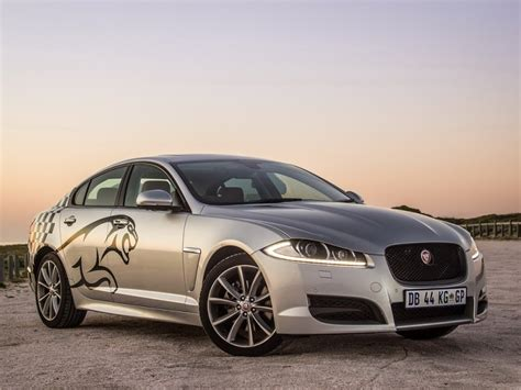 Jaguar Xf Review 2014 Jaguar Xf 2 0 I4 2014 Review Cars Co Za