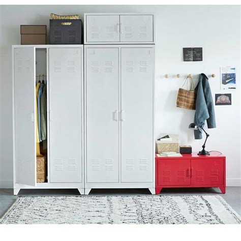 armoire blanche but chambre blanc laque but armoire tess