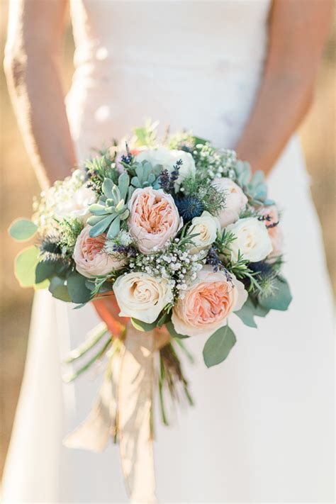 wedding flower ideas pictures 25 creative and unique succulent wedding bouquets ideas stylish wedd
