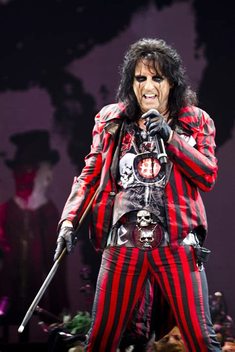 hair band concerts bay area motley crue offers last chance to shout at the devil in