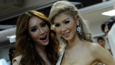 jenna talackova breaks top 12 in miss universe canada 2012 miss universe pageant ends ban on transgender contestants