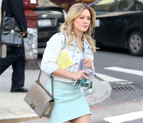 Big Sale Channel Boy Jelly Semiori Hilary Duff Spotted On Set With Chanel Bag Page 3 Of 5