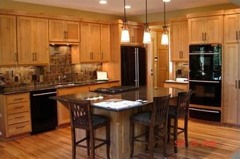 kitchen backsplash with oak cabinets and black appliances 17 best images about black appliances on pinterest