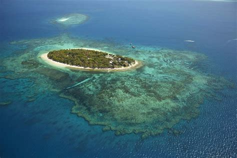 island sinks 10 islands you need to see before they sink metro news