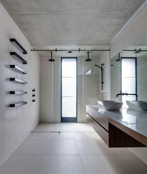 Modern Bathroom Large Tiles Make A Statement With Large Floor Tiles